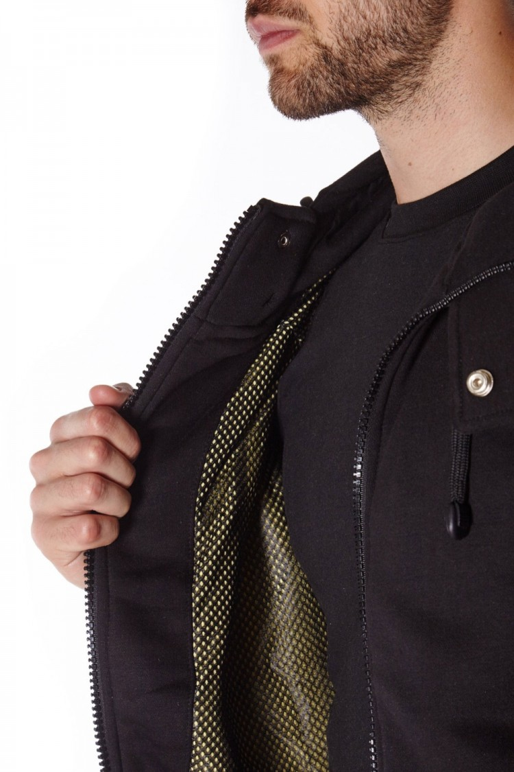 Black anti-slash hooded top lined with Dupont ™ Kevlar ® fibre