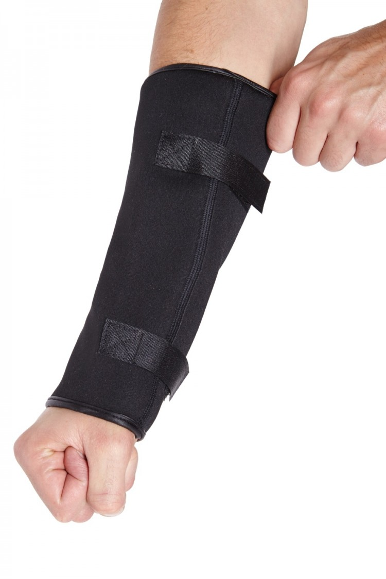 Anti-Slash Wrist Protector with Spectra lining